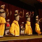 Drum Show in Kandy – Sri Lanka with children